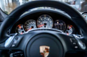 Para acrobacias, el Porsche 911 Turbo S (VIDEO)