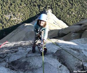 Niña de 10 años escala El Capitán en Yosemite. La más joven en cumplir esta hazaña