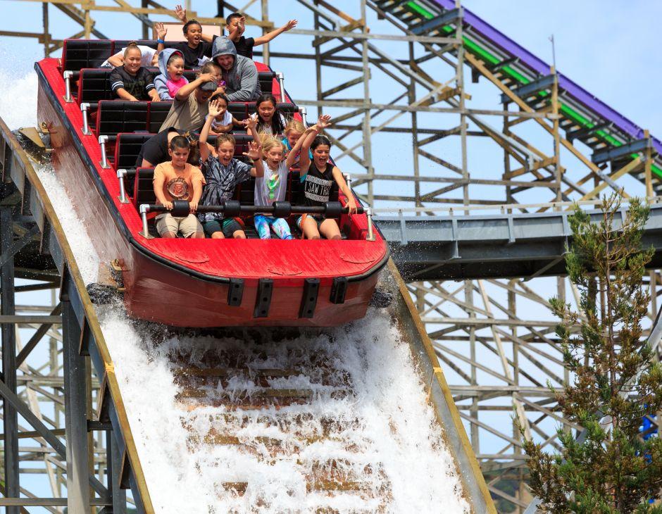 5 parques de diversiones que puedes llevar a tus niños este verano