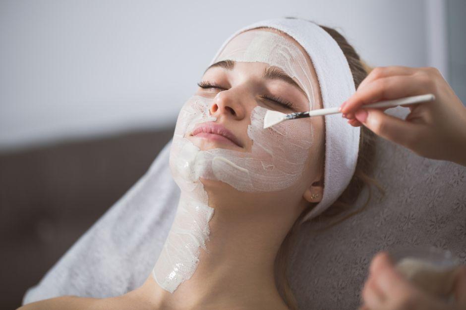 Peelings con ácidos para rejuvenecer y quitar arrugas