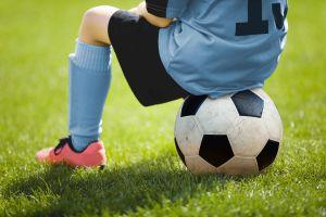 Demandan a equipo de fútbol de Estados Unidos por abuso sexual de un menor