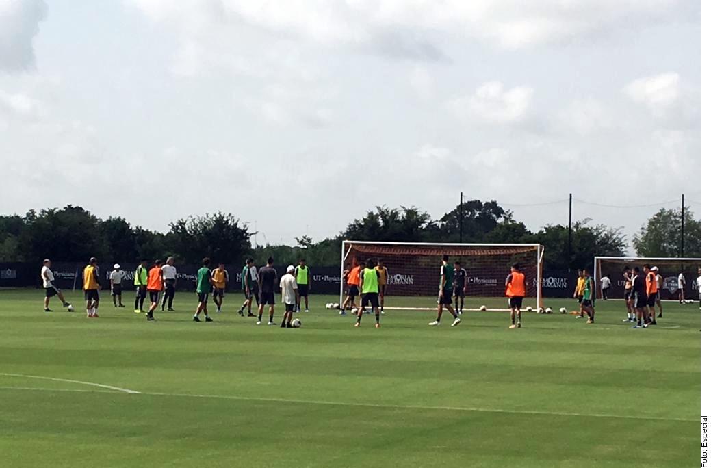 La Selección Mexicana entrena al estilo Barcelona