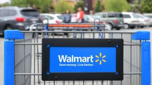 ¿Quieres ahorrar dinero? Esto es lo que debes hacer al comprar en Walmart