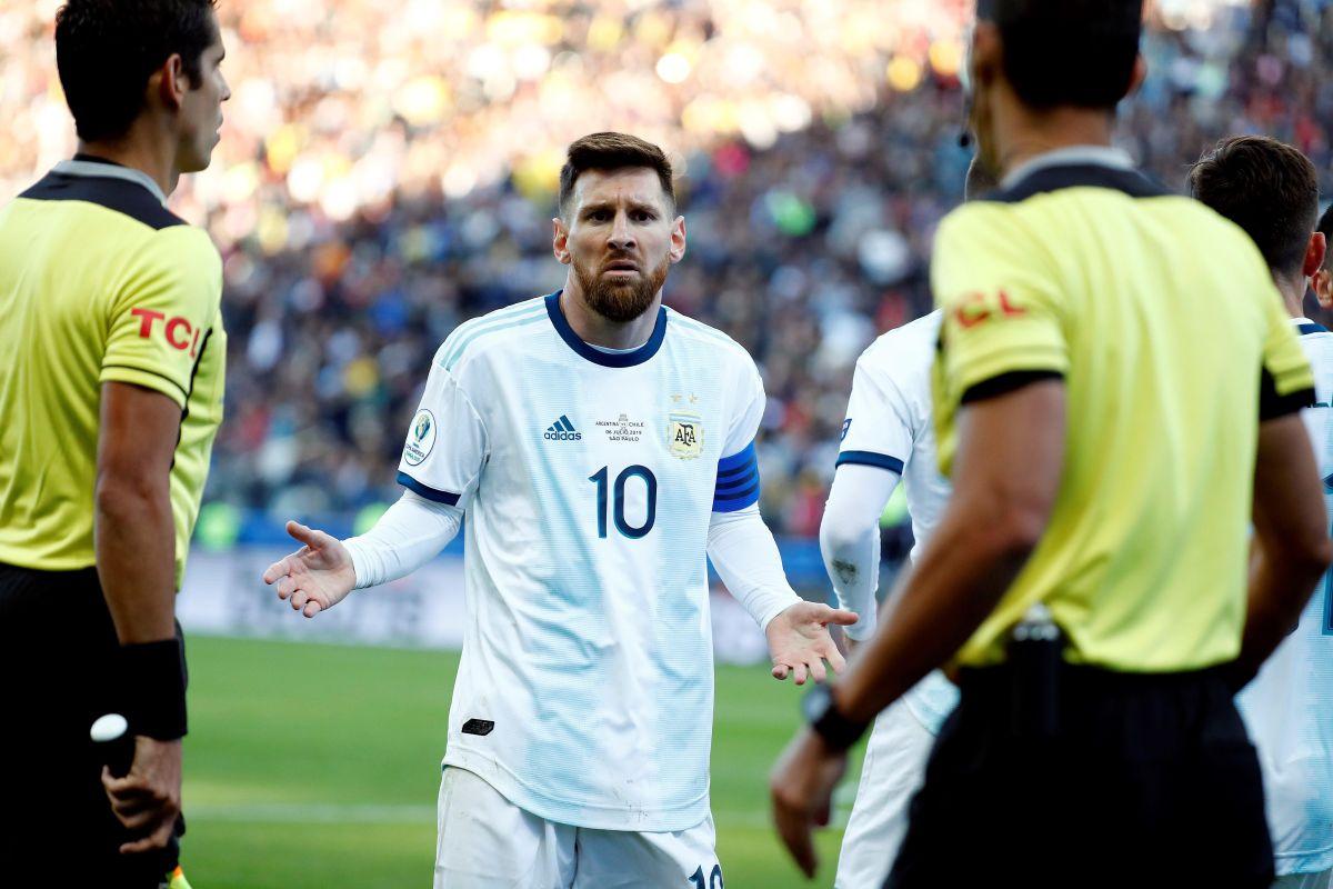 ¿Por qué expulsaron a Messi? Se filtra la cédula arbitral