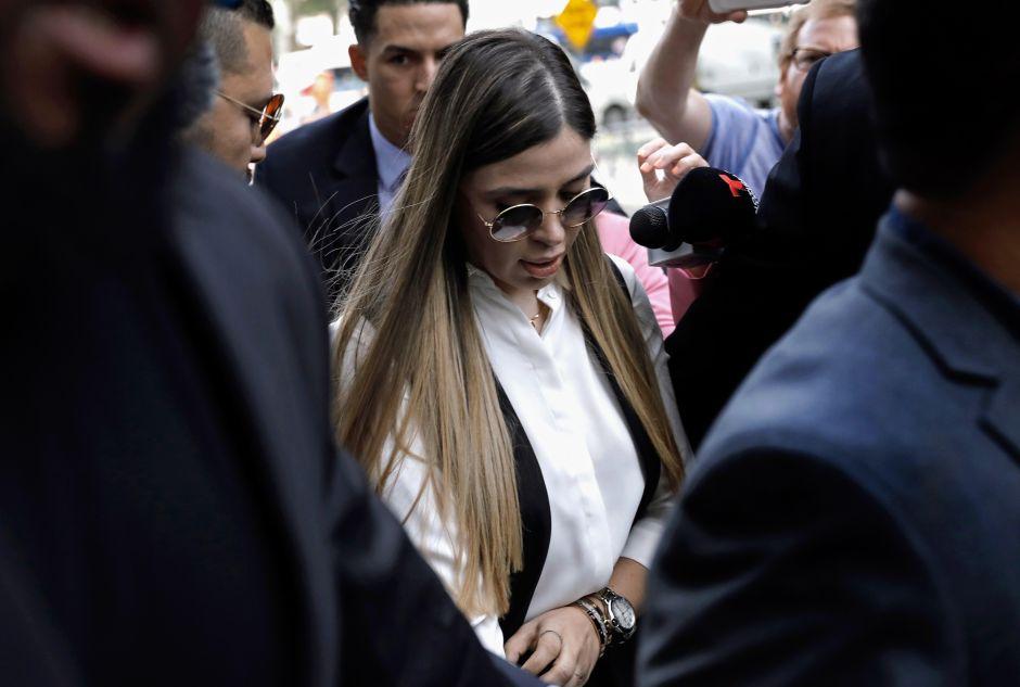 FOTOS: Emma Coronel se corona como influencer; recibe costosos regalos