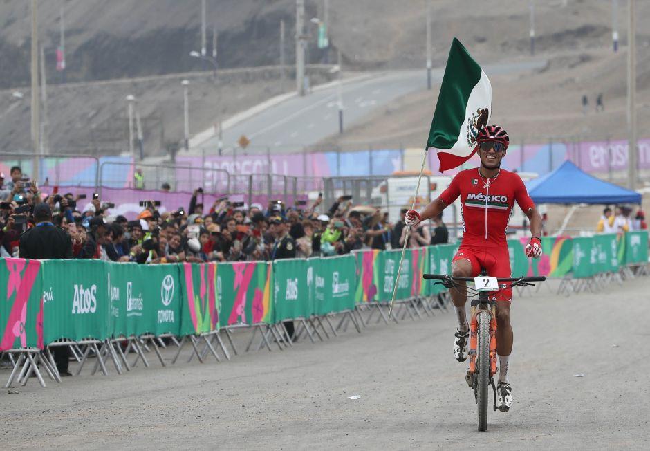Otro triunfo para México en la Montaña; ciclista José Ulloa gana oro