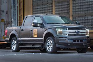 Ford presume el poder de su nueva F-150 totalmente eléctrica (VIDEO)