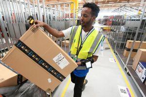Ante la automatización, Amazon formará a sus empleados