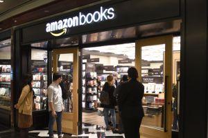 Amazon le cobró a una estudiante $3,800 por devolver un libro alquilado con 4 días de retraso