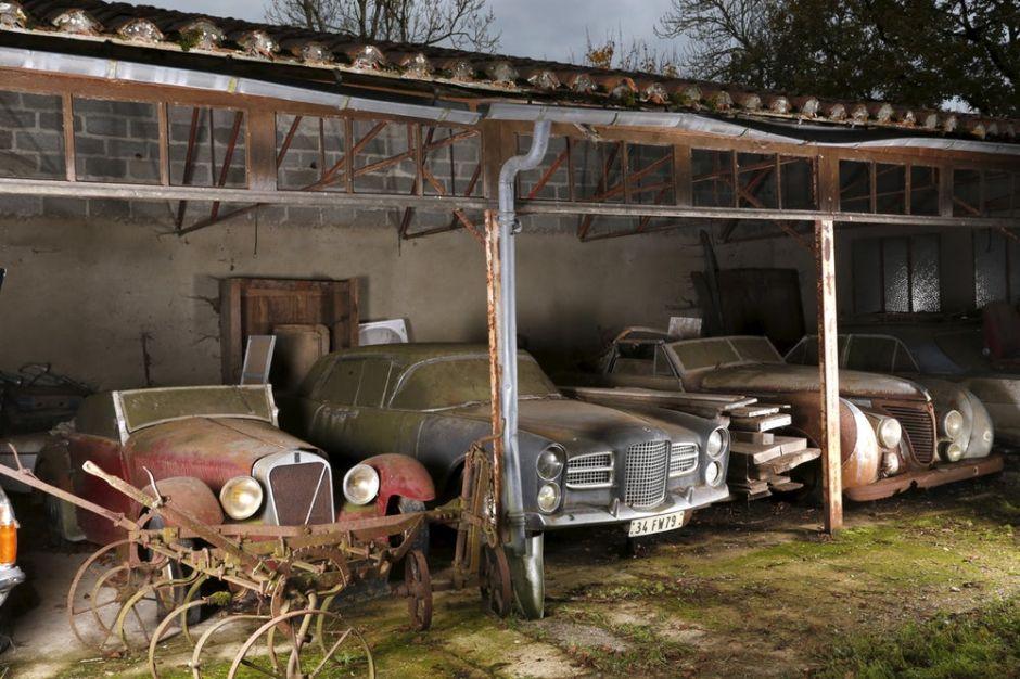 60 autos escondidos por 50 años: es el descubrimiento de autos más valioso de la historia