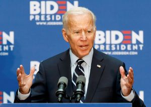 """Biden: el racismo en Estados Unidos es un """"problema del hombre blanco"""""""