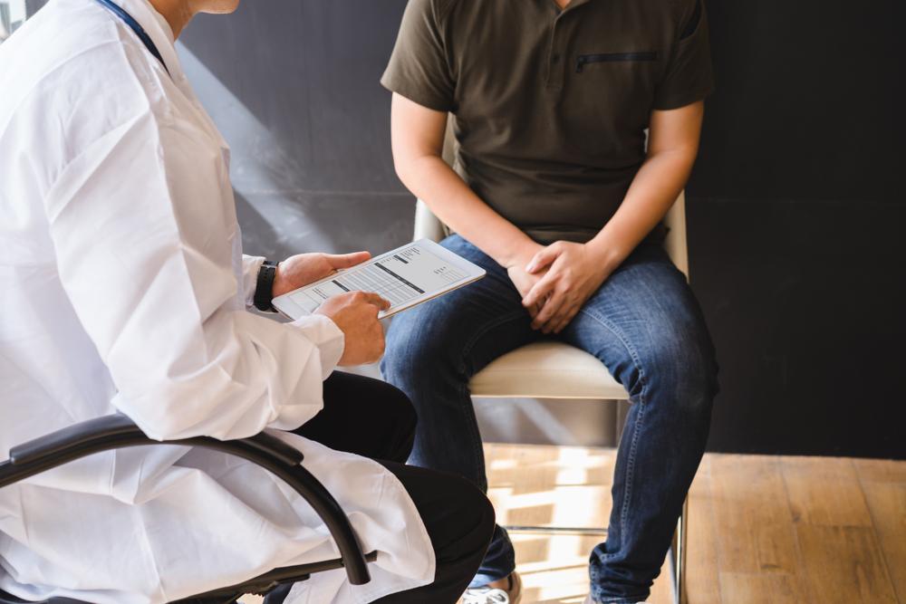 ¿Cómo ayuda la biopsia testicular en los tratamientos de reproducción asistida?