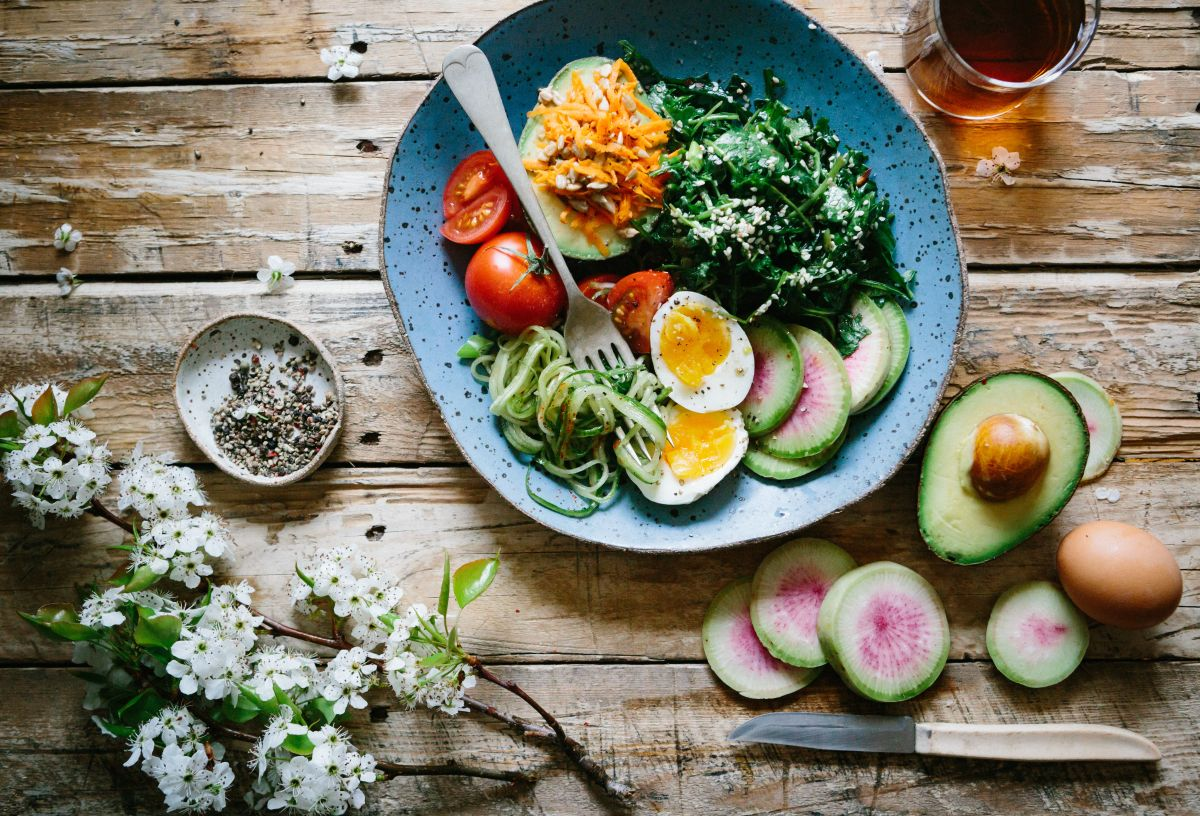 La dieta del huevo hervido se destaca por su alto aporte en proteínas y prohibe la ingesta de productos procesados.