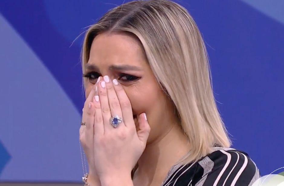 Hacen llorar a Frida Sofía en 'Despierta América' durante programa en vivo