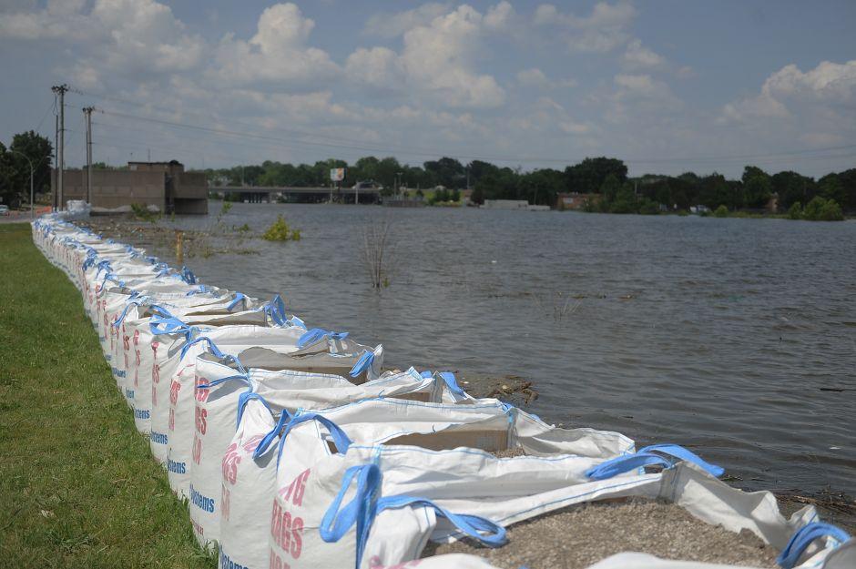 Louisiana y Mississippi en alerta por la llegada del huracán Barry a la costa sur de Estados Unidos
