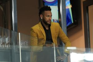 Las investigaciones por violación contra Neymar no terminan