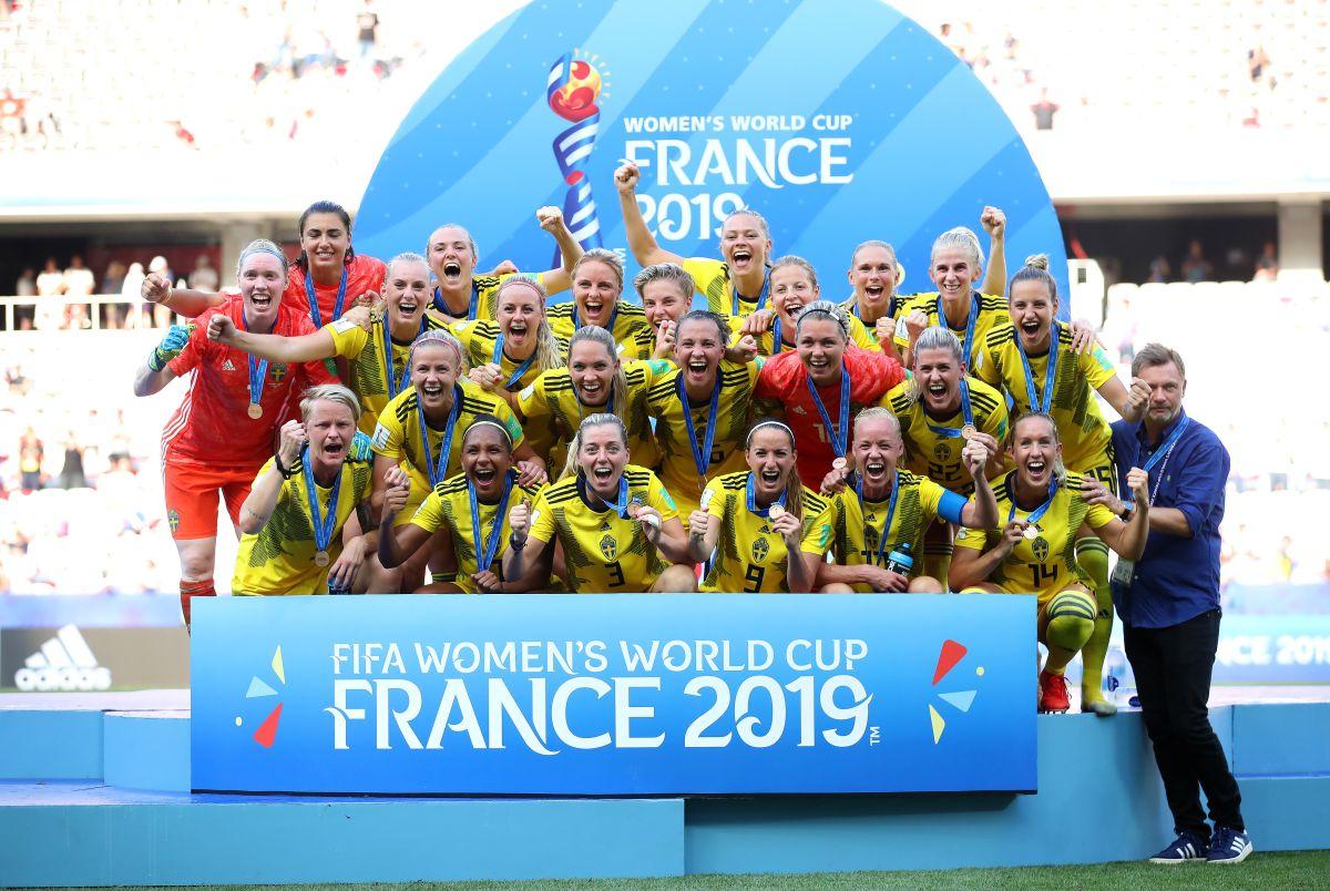 Suecia se cuelga el bronce en un partido de 10