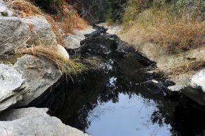 California ordena a Chevron detener un derrame masivo de crudo en el condado de Kern