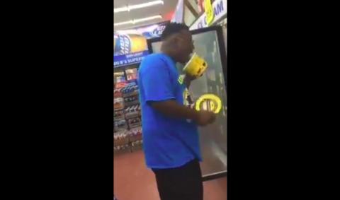 VIDEO: Otro arrestado por lamer helado en una tienda. Las autoridades lanzan serio aviso