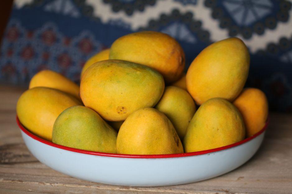 ¿Por qué debemos consumir mango para bajar de peso?