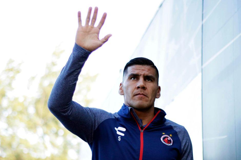 Carlos Salcido le dice adiós a las canchas