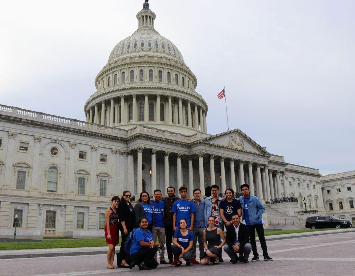 Un grupo de activistas pro inmigrantes y refugiados abogan por los derechos de los centroamericanos ante el Congreso. (Suministrada)