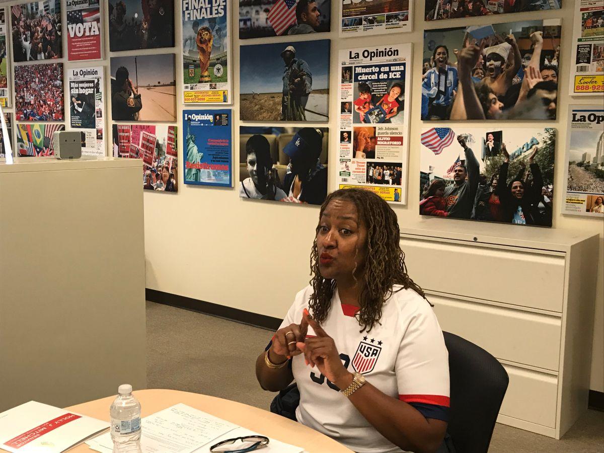 EDITORIAL: La Opinión apoya a Holly Mitchell para supervisora del Condado