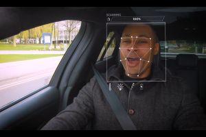 Reconocimiento facial: los autos de Jaguar sabrán cuándo quieres oír música