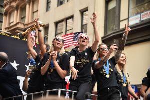 ¡USA! ¡USA! Festejan con desfile en NYC a las campeonas mundiales de fútbol