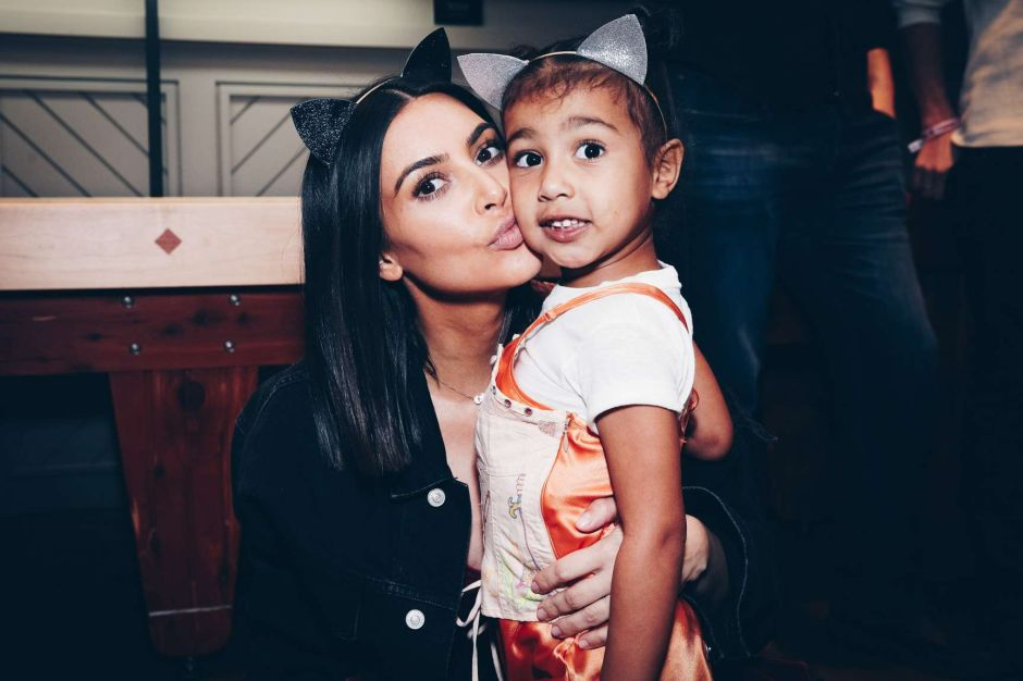 Video: Kim Kardashian queda avergonzada tras ser expuesta por su hija North West