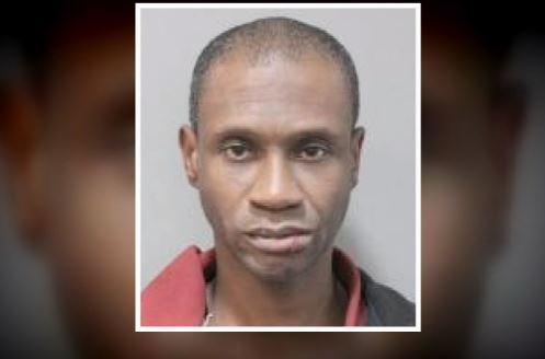 Arrestan a hombre que supuestamente asaltó 5 bancos en 6 días