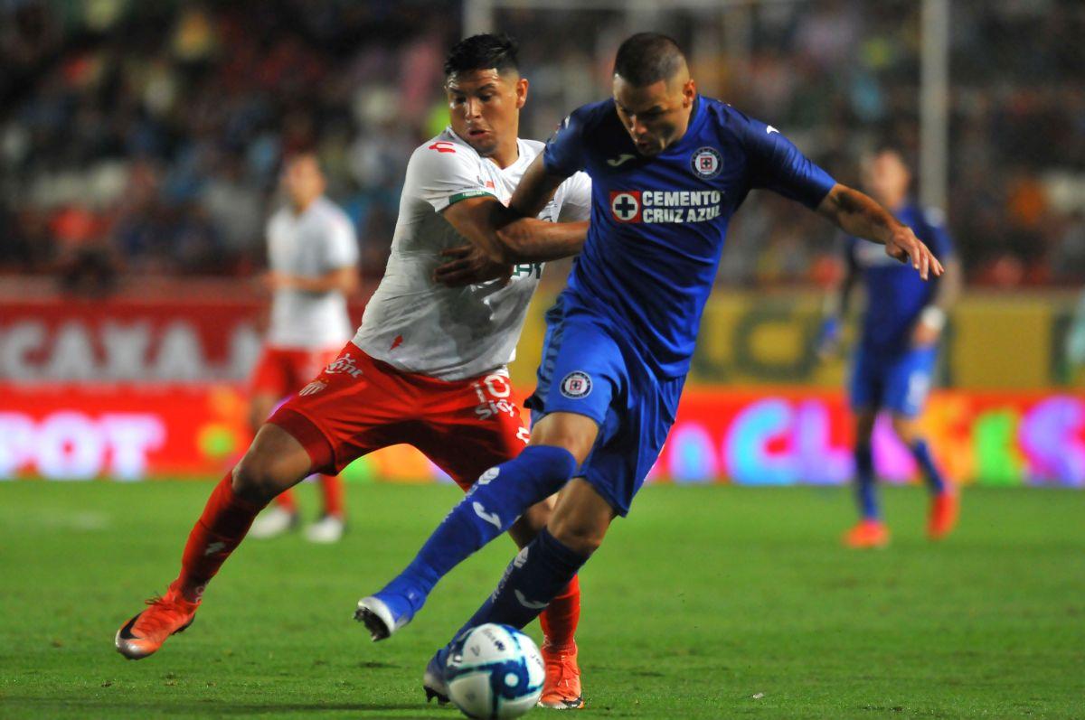 Se queda: Pablo Aguilar extiende su contrato en el Cruz Azul