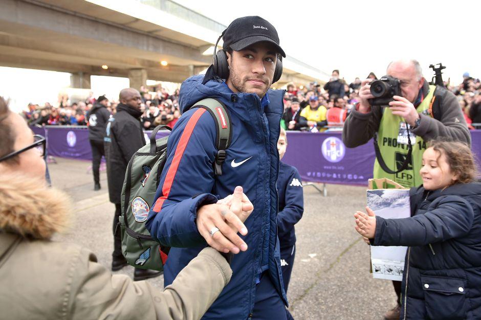 Por si acaso se queda: Neymar y el PSG hacen una tregua