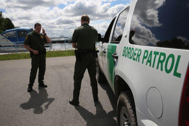 Patrulla Fronteriza descubre a 31 personas en un tráiler tratando de cruzar a EEUU