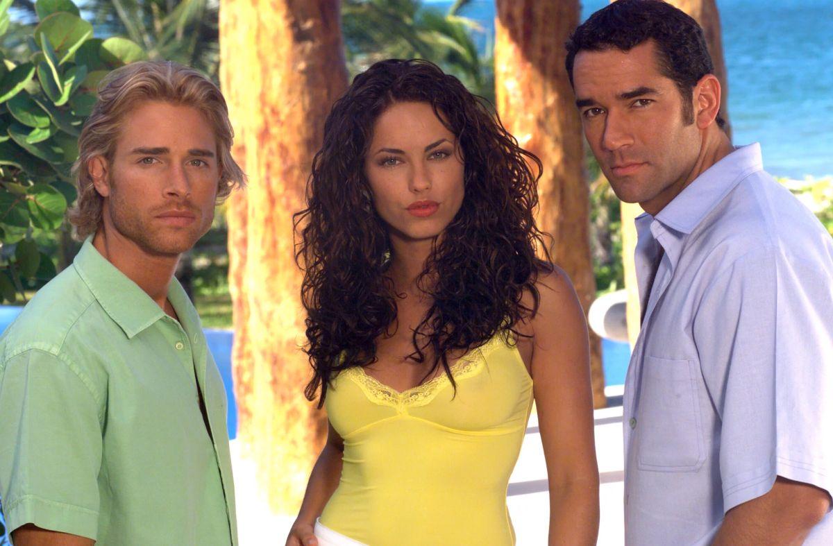 Bárbara Mori, Sebastián Rulli y Eduardo Santamarina protagonizaron 'Rubí' en 2004.