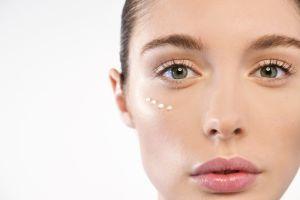 Sueros para los ojos: 3 opciones para mejorar su aspecto