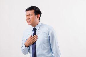 ¿Ardor de estómago? Conoce los síntomas del Esófago de Barrett