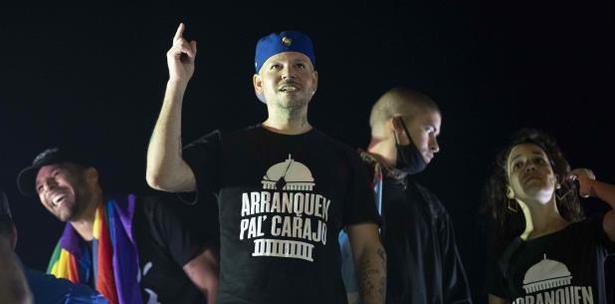 Residente emplaza a artistas de Premios Juventud a pedir renuncia de Rosselló