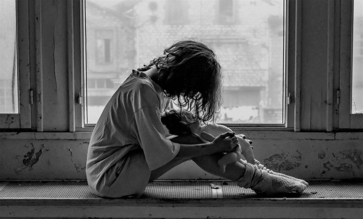 ¿Cómo puedo identificar los indicios de psicosis en los adolescentes?