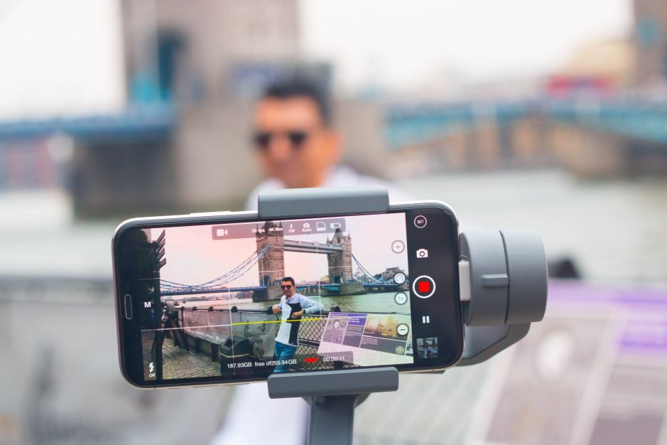 Saca las mejores fotos en cualquier lado: 5 trípodes para cámaras muy económicos y fáciles de transportar