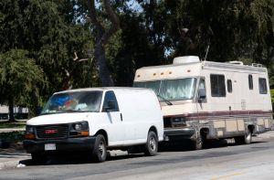 ¿Cómo las personas sin hogar pueden pagar sus multas de tránsito?