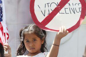 Ante los ataques de odio, activistas pro-inmigrantes piden la unidad en el país