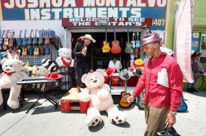 COVID-19: Condado de L.A. ofrece apoyo a pequeños negocios para levantarse de nuevo