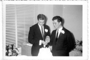Las misteriosas fotos de una boda gay celebrada en Estados Unidos en 1957 (50 años antes de que fuera legal)