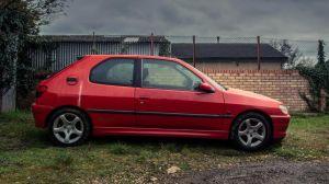 Este Peugeot 306 Rallye estuvo sin andar 20 años, hasta que fue descubierto