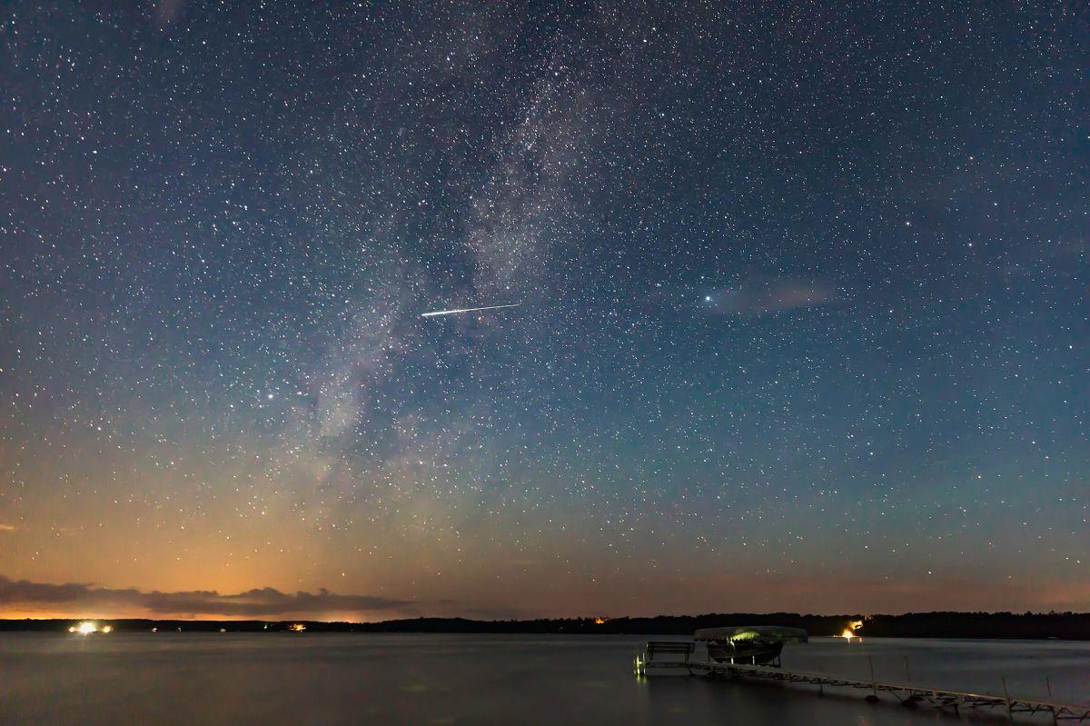 Qué son las Perseidas y cómo se produce la lluvia de meteoros más espectacular del año