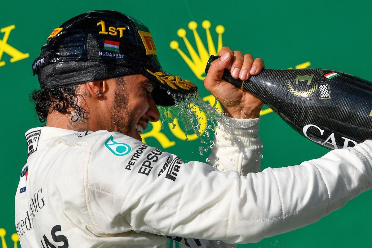 ¡De locura! Hamilton se impuso a Verstappen en una épica carrera en Hungría
