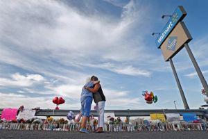 """Visa U podría ser una """"luz de esperanza"""" para sobrevivientes de El Paso"""