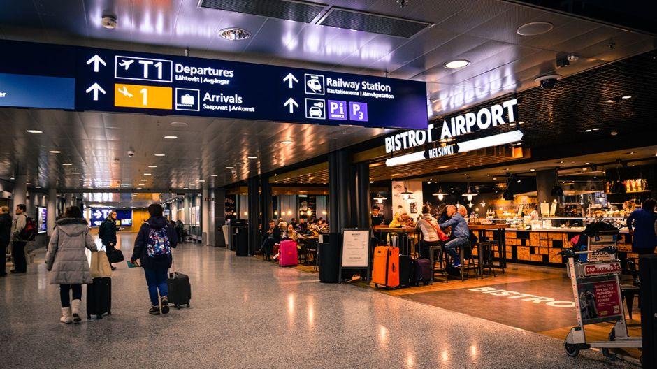 Se esperan retrasos en los aeropuertos del sur de la Florida por el gran volumen de pasajeros