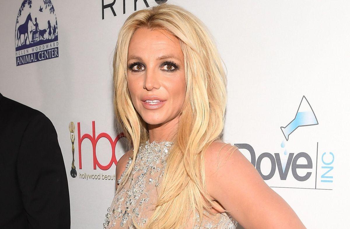 ¡Britney Spears lo hace de nuevo y presume su figura sin filtros con poca ropa!